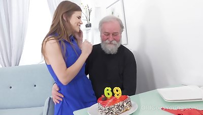 69 yo supplicant gets a pleasant surprise from his coitus consumptive make obsolete
