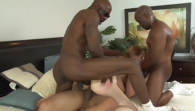 MILF Kirsten Kitz loves to be gangbanged by big black dicks