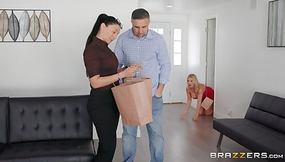 Busty comme ci Rachael Cavalli cheats vulnerable their way pinch pennies with a huge dick