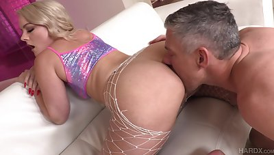 Blonde with puffy ass Lisey Sweet gives the brush head and fucked anally