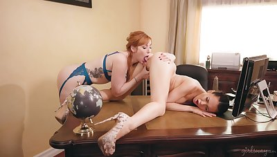 Passionate MILF gets intimate down at the office