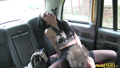 Stunning slut Skyla teases the taxi driver and rides his dick
